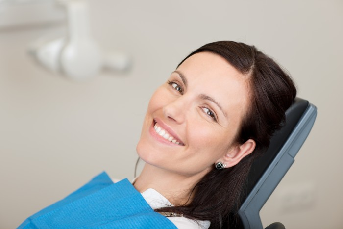 How A Best Dentist Used Cosmetic Dentistry To Fix Broken Teeth